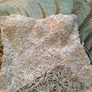 Strapless lace blouse
